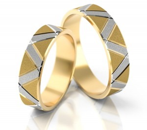 Pair of gold  wedding rings model 039