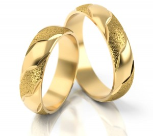 Pair of gold  wedding rings model 038