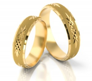 Pair of gold  wedding rings model 016