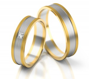 Pair of gold  wedding rings model 226
