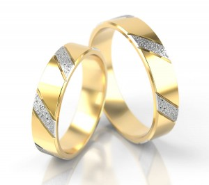 Pair of gold  wedding rings model 005