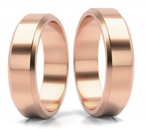 Pair of gold  wedding rings model FLAT BEVEL EDGE 5mm