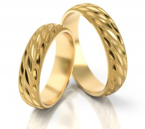 Pair of gold  wedding rings model 013