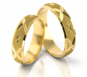 Pair of gold  wedding rings model 020